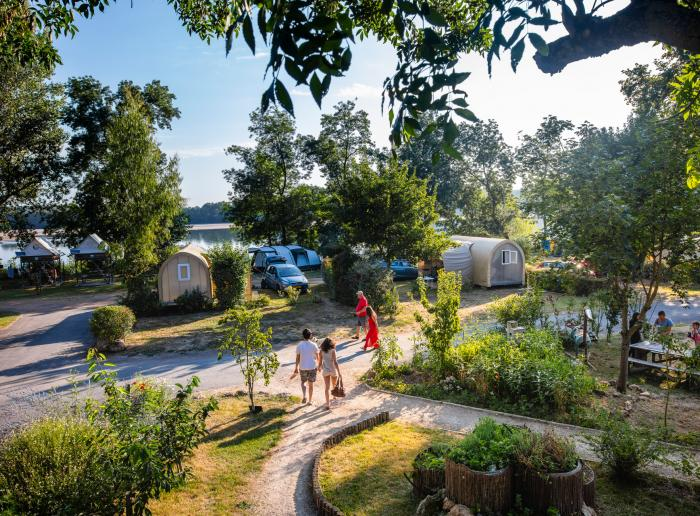 Campsites by the Loire